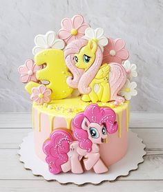 Birthday kids girls princesses Ideas for 2019 Cookie Cake Birthday, Cool Birthday Cakes, Birthday Cake Girls, Birthday Cupcakes, Birthday Kids, Little Pony Cake, My Little Pony Birthday, Princess Cupcake Toppers, Baby Girl Cakes