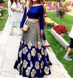 Anush Ammar Wearing #Elan