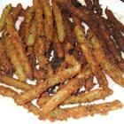 green bean fries: big hit today as a game day snack. I baked them at 375 for 25 min (instead of frying) and served with ranch dressing. Deep Fried Green Beans, Crispy Green Beans, Beans Fry Recipe, Fries Recipe, Fried Beans, Vegetable Side Dishes, Vegetable Recipes, Game Day Snacks, Green Bean Recipes