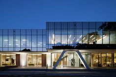 Gallery of The Clarence Reardon Centre / GHD Woodhead - 10