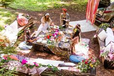 Check out these 12 must-haves for a picture-perfect boho bridal shower including a step-by-step DIY for a fabric photo backdrop. #partner