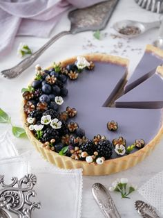 This Lavender-Infused Pudding Tart with Shortbread Crust recipe is featured in the Pies and Tarts feed along with many more. Tart Recipes, Sweet Recipes, Dessert Recipes, Cooking Recipes, Vegan Recipes, Fudge Recipes, Curry Recipes, Dinner Recipes, Vegan Desserts