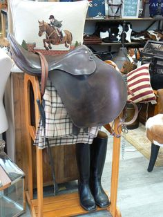 Equestrian corner Equestrian, Leather Backpack, Upcycle, Corner, Backpacks, Bags, Beautiful, Handbags, Leather Backpacks