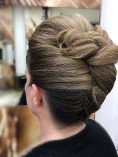 Hair Updo, Up Hairstyles, Updos, Anna, Fashion, Hair Dos, Hairstyles, La Mode, Updo