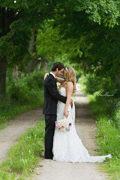 Rustic Wedding  Martina Wendland Photography – Kitchener-Waterloo, Cambridge, Stratford Ontario Family & Wedding Photographer » Lifestyle family & wedding photography