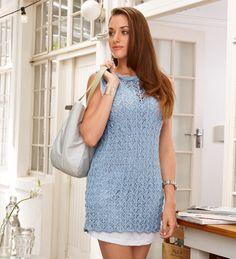 Голубое ажурное мини-платье