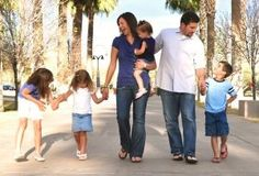 Family Photo Ideas - Click image to find more Photography Pinterest pins