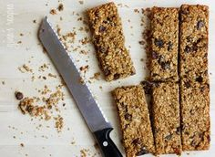 Low Fat Chey Granola Bars - I'm leaving out the raisins and may use other nuts. Looks yum!