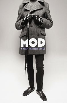 Mod - A Very British Style by Richard Weight From the sharp-suited scooter riders of the early Sixties, through the hit revival film Quadrophenia in to the red, white and blue roundel that Bradley Wiggins wore proudly on his helmet as he raced. Mod Fashion, 1960s Fashion, Vintage Fashion, Sporty Fashion, Fashion Art, Fashion Women, Fashion Ideas, Youth Culture, Pop Culture