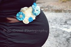Maternity session with maternity sash <3