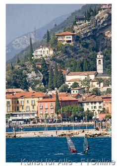 Bei Arco, Trentino-Südtirol, Torbole, Lago di Garda, Surfing