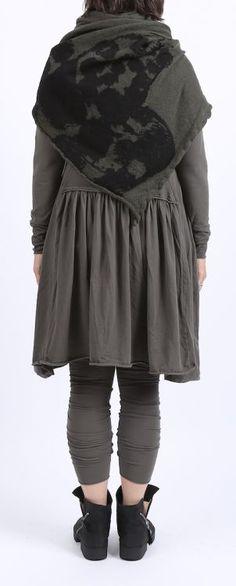 rundholz black label - Shirtkleid mit Volant im Rücken beluga - Winter 2016 - stilecht - mode für frauen mit format...