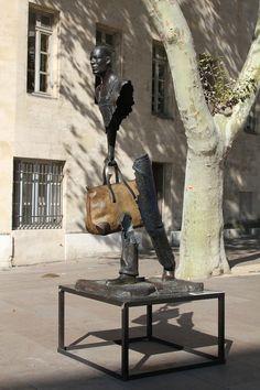bruno-catalano #feeldesain #art  http://www.feeldesain.com/surreal-sculpture-in-marseille.html