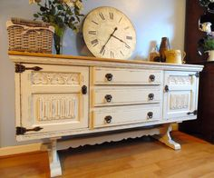 Stunning Linenfold & Rose Carving Old Charm Sideboard, Painted in Farrow & Ball Clunch.