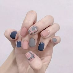 : Good Free of Charge korean Nail Art Glitter Concepts Then apparel, hair plus footwear, the next fashionable product is definitely toe nail art. Cute Acrylic Nails, Glitter Nail Art, Toe Nail Art, Toe Nails, Gel Nail, Nail Swag, Plaid Nail Art, Plaid Nails, Minimalist Nails