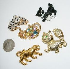 Vintage to now CAT Pins BROOCHES brooch pin costume jewelry LOT Figurals