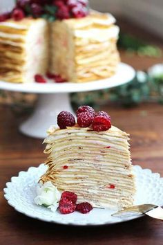 Crepe cake: I have tried this before! This is an example of crepe cake done gorgeously right. I was trying to make one with tiny crepes. French Desserts, Just Desserts, Delicious Desserts, Yummy Food, French Food, Sweet Recipes, Cake Recipes, Dessert Recipes, Yummy Treats
