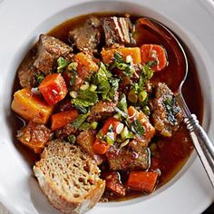 Slow Cooker Braised Beef with Autumn Vegetables
