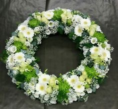 Rouwkrans – – Source by Funeral Flower Arrangements, Funeral Flowers, Deco Floral, Arte Floral, Funeral Tributes, Bouquet, Sympathy Flowers, Wedding Wreaths, Beautiful Flowers