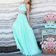 Leash Shoulder Slim Pleated Evening Dress