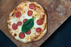 No te puedes perder este completo post sobre la pizza con todo lo que quieres saber sobre ella. Es del blog Lost in Cupcakes.