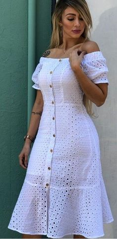 Fashion Tips Outfits Tips Outfits Latest African Fashion Dresses, African Dresses For Women, Casual Dresses, Short Dresses, Lace Dress Styles, Classy Dress, Designer Dresses, Streetwear, Fashion Outfits