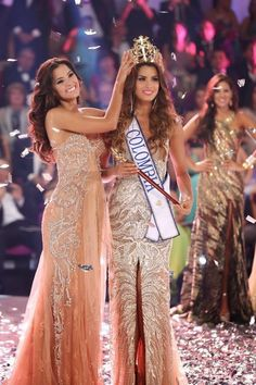 Miss Universe 2015 Pictures I wish Paulina have the opportunity to put the crown again to Ariadna but in Miss Universe