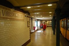 The second metroline of the world – the Millenium Underground of Budapest At the time of its completion in Andrássy Avenue with its sycamore alley, netly arranged villas and elegant tenement.
