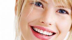 """""""Güzel kadın gülümseyen kadındır"""" diyen Estetik International Sağlık Grubu doktorlarından Op.Dr.Selçuk Aytaç, botoks ve gülümsemenin faydalarını anlatıyor.  #opdrselculaytac #botox #güzellik  www.estetikinternational.com.tr"""