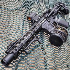@jpordnance  The 300.  #arbuild #ar15 #gunchannels #gunsdaily  #sickguns #hashtagtical #300blk #bracedbastards #igmilitia #gun #guns #gunchannels #metal #firearms #weapons #countryboy #gunsdaily #firearm #gunpictures #edc #everydaycarry #tactical #military #tacticool #igmilitia  #ar15buildscom
