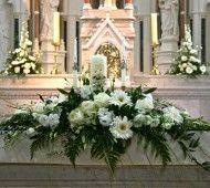 White wedding altar flowers  #white #wedding #flowers