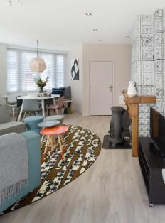 https://i.pinimg.com/236x/8c/76/3d/8c763deb05fc22ef582c78eac77fe5e0--home-interior-dutch.jpg