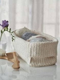 Crochet this basket for your own personal spa experience - See more at: http://happinesscrafty.blogspot.in/2013/09/11-free-crochet-basket-patterns.html#sthash.pN9gBnGe.dpuf
