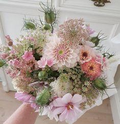 Floral Wreath, Wreaths, Flowers, Instagram, Decor, Floral Crown, Decoration, Door Wreaths, Deco Mesh Wreaths