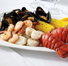 Maine Shore Dinner: http://www.amazon.com/Hancock-Gourmet-Lobster-Company-Dinner/dp/B000I5S73Y/?tag=koraimultimed-20