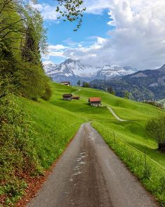 Who's ready for summer to visit Switzerland ? (Canton of Obwald ) #Switzerland_Vacations