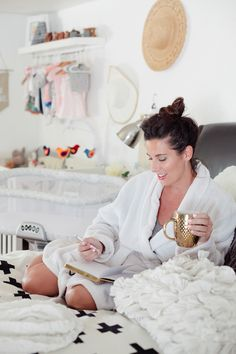 A powerful morning routine can be the catalyst for a productive day! Try these 7 Steps that Will Radically Change Your Mornings that Ive put into a routine to lead to a more productive and happy morning!