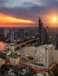 Bangkok city night view by Anek Suwannaphoom