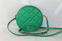 Marc by Marc Jacobs Women's Shape Up Quilted Jackson Bag, Emerald, One Size Marc by Marc Jacobs http://www.amazon.com/dp/B00G9Y240K/ref=cm_sw_r_pi_dp_sXm8ub15XHS1Y