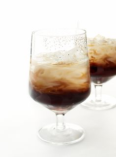 Tasty Maple White Russian recipe. Unexpected fusions are big!