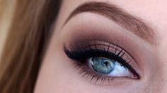 Makeup Tutorials for Blue Eyes -Basic brown smokey eye tutorial -Easy Step By Step Beginners Guide for Natural Simple Looks, Looks With Blonde Hair Colour and Fair Skin, Smokey Looks and Looks for Prom https://www.thegoddess.com/makeup-tutorials-blue-eyes