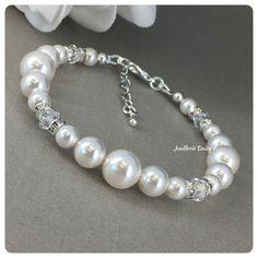 Wedding Jewellery Gifts, Wedding Jewelry, Jewelry Gifts, Unique Jewelry, Bridesmaid Bracelet, Wedding Bracelet, Crystal Bracelets, Crystal Jewelry, Pearl Cream