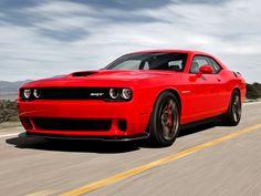 Hellcat Challenger   ... stark wie nie: Dodge präsentiert neuen Challenger mit mehr als 600 PS