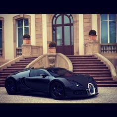 All matte black Bugatti Veyron! Perfect for Mr Bruce Wayne :) #Darkknight
