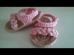 Baby Crossover Booties - Done! Crochet Quilt, Crochet Cross, Crochet Bear, Crochet For Kids, Easy Crochet, Booties Crochet, Crochet Baby Sandals, Crochet Slippers, American Girl Doll Shoes