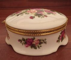 Royal Albert Old Country Roses Hinged Lid Trinket Box #RoyalAlbert