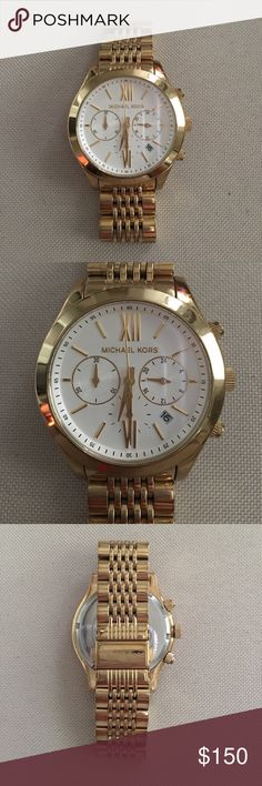 Gold Michael Kors Watch Gold Michael Kors Watch. A classic look. Has a few minor scratches on the clasp from everyday wear but otherwise perfect condition. Comes with extra links. MICHAEL Michael Kors Accessories Watches