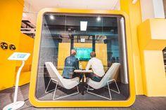 Framery 2Q Akoestische phonebooth | Werken in focus | Loff maatkantoren