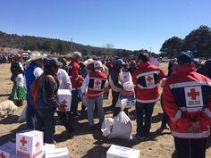 Entregan Cruz Roja y Fundación IEnova ayuda humanitaria a etnia rarámuri en Bocoyna | El Puntero