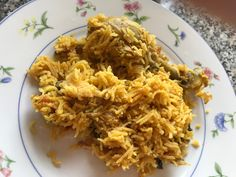 Ambur is a place in South India where they make this spicy & flavourful biryani. Traditionally, seeraga samba rice is used for this dis. South India, Biryani, Samba, Fried Rice, Spicy, Menu, Sunday, Dishes, Chicken